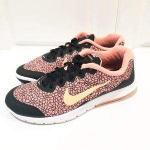 Nike Flex Experience RN 4 in Atomic Pink Pattern